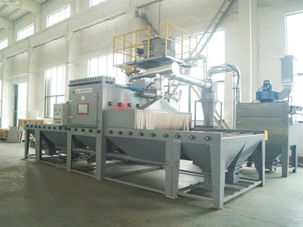 铝单板输送式喷砂机