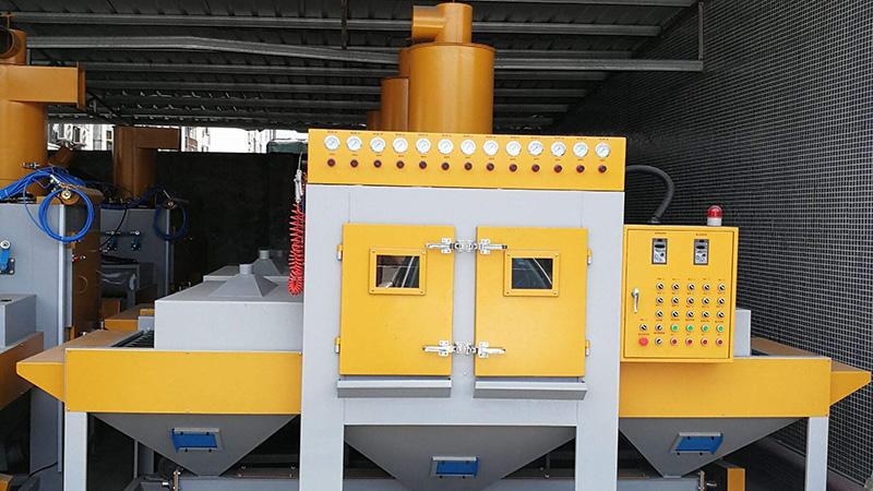 环保加压式自动喷砂机